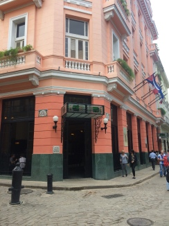 Famed hotel where Hemingway used to stay: Hotel Ambos Mundos