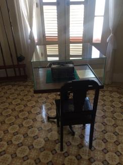 Hemingway's typewriter in the hotel